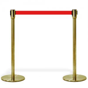 """Kø kontrol - VIP afspærring i """"guld"""" med rødt bånd"""